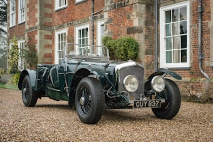 Ninety-five classic cars to go under the hammer at Stoneleigh Park