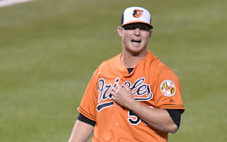 Britton headed back to DL with left forearm strain