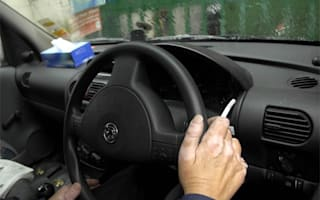 Health minister wants in-car smoking ban
