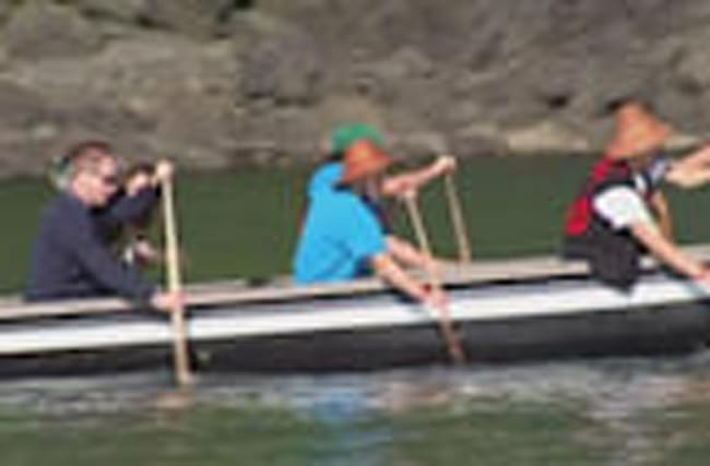 William and Kate go canoeing and fishing in Canada