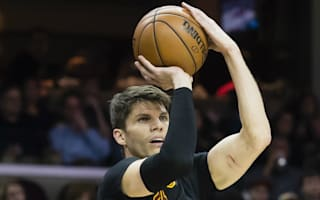 Korver leads Cavs rally, Warriors bounce back