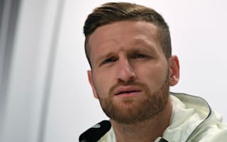 Mustafi enjoys Arsenal fan's costly tweet