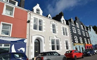 House on Tobermory's painted street goes up for sale