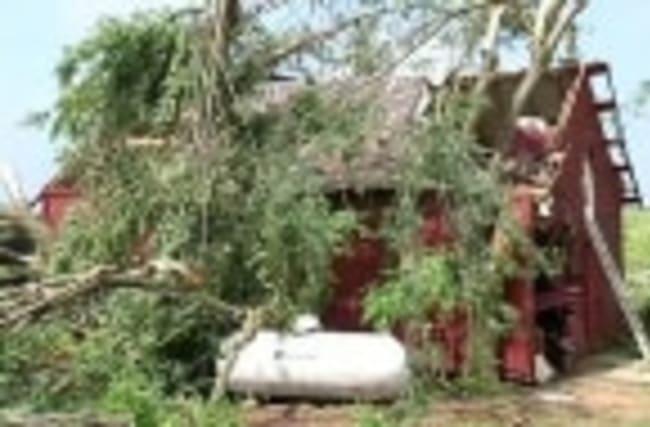 Tornados, storms hit Great Plains