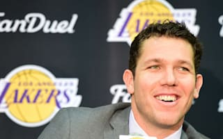 New Lakers coach Walton ready to stand on his own in 'dream job'