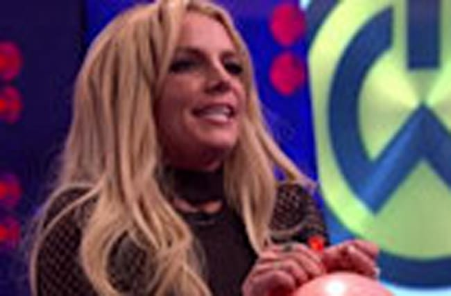 "Britney Spears Sings Taylor Swift's ""Shake it Off"" with Helium!"