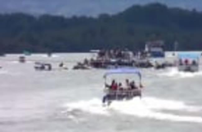 Nine dead after Colombia tourist boat sinks in reservoir