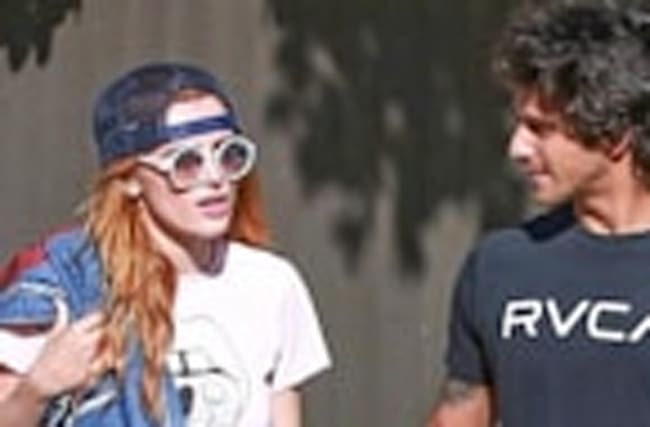 Bella Thorne & Tyler Posey Split? #TylerEndedBellaParty Trends