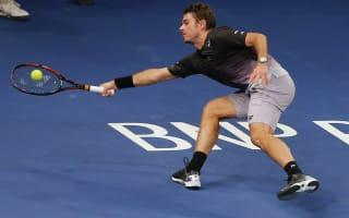 Wawrinka, Murray ease through