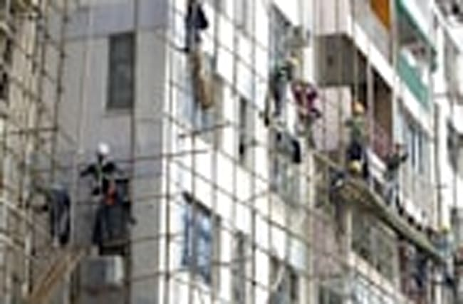 Hong Kong steps up safety for bamboo scaffoldings