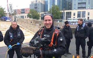 Bristol Ferries crewman drops hundreds of pounds into harbour