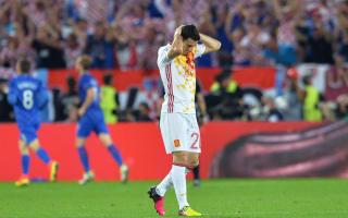Del Bosque defends team selection after Croatia loss