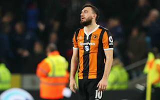 Snodgrass apologises after controversial penalty