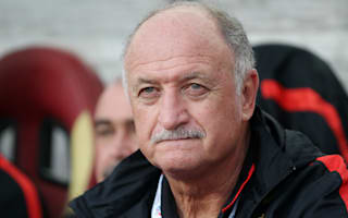 Scolari extends contract with Guangzhou Evergrande