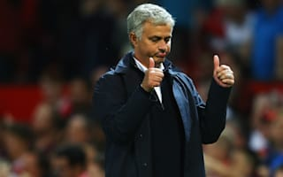 Giggs warns Mourinho: United fans want title win with style