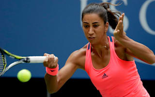 Buyukakcay begins Istanbul title defence in style