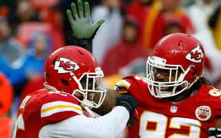 WATCH: Chiefs DT Poe throws touchdown pass