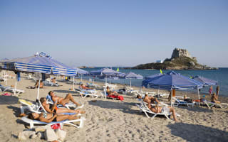 Greek hotel refuses to change Brit's pounds to euros following Brexit
