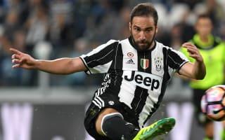 Juventus 4 Cagliari 0: Higuain on target as Bianconeri go top