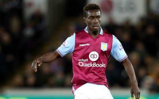Gueye switches Aston Villa for Everton