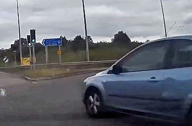 Watch: Dangerous driver narrowly avoids crash with risky move