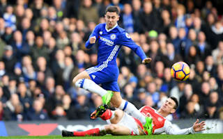 Hazard reminds me of Messi - Martinez