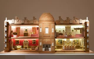 Check out these incredible gingerbread versions of Britain's stately homes