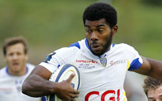 Clermont hammer champions Racing, La Rochelle top