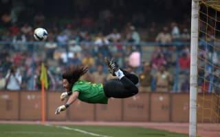 Scorpion kick goalkeeper Higuita joins Atletico Nacional
