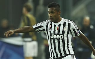 Juventus waiting on Alex Sandro hamstring problem