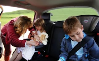 Ban smoking in cars with children say doctors