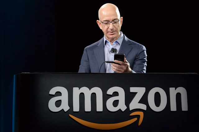 La última locura de Amazon: un robot que te persigue por el aeropuerto para cargarte el móvil