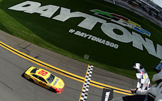 Logano takes Clash at Daytona victory in crazy finish