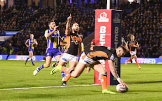 Castleford two from two after thrilling win over Warrington