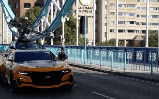 Transformers take over supposedly 'closed' Tower Bridge