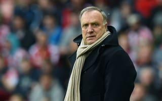 Advocaat to work for free at Van Bronckhorst's Feyenoord