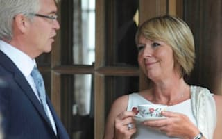 Can you find Fern Britton's engagement ring?