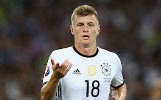Low picks Kroos over Ozil for FIFA award