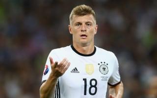 Low picks Kroos over Ozil for FIFA award