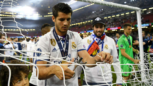 Real Madrid must decide on Man Utd´s ´very important´ Morata bid