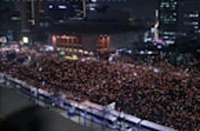 Businesses boom at South Korea protest venue