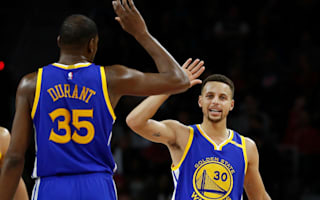 Durant leads Warriors past Rockets, Hawks beat disgruntled Bulls
