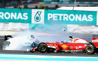 Vettel defends himself after Rosberg critcism