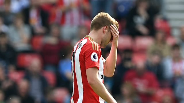 Moyes feels Larsson´s red card cost Sunderland against Manchester United