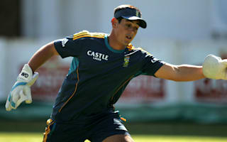 Dog-walking mishap the cause of De Kock's withdrawal