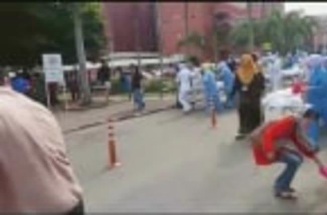 Malaysia hospital fire kills six