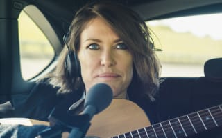 Cerys Matthews records all-new single in electric car