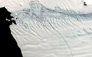 19-mile crack to create iceberg the size of New York in Antarctica