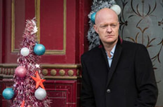 Look whose happy smiling face is returning to EastEnders!