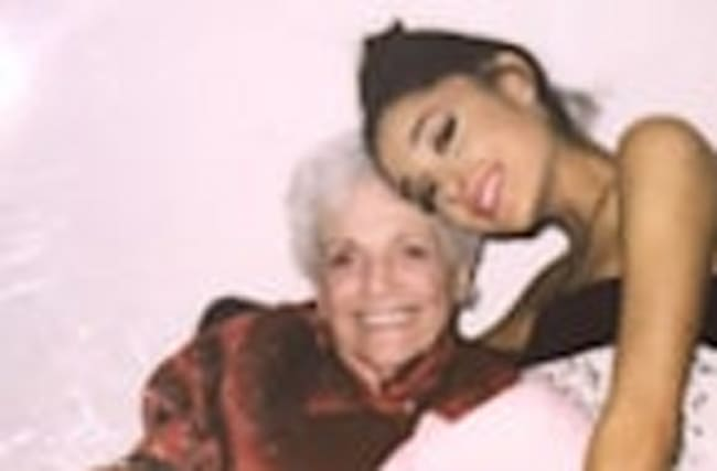 Women's March 2017: Ariana Grande Marches Alongside Her Mom and Grandma -- See the Pics!